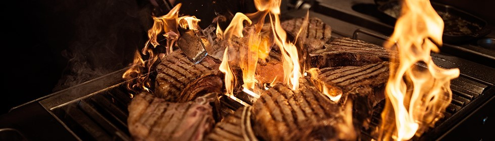Grill tips for the preparation of dry-aged beef