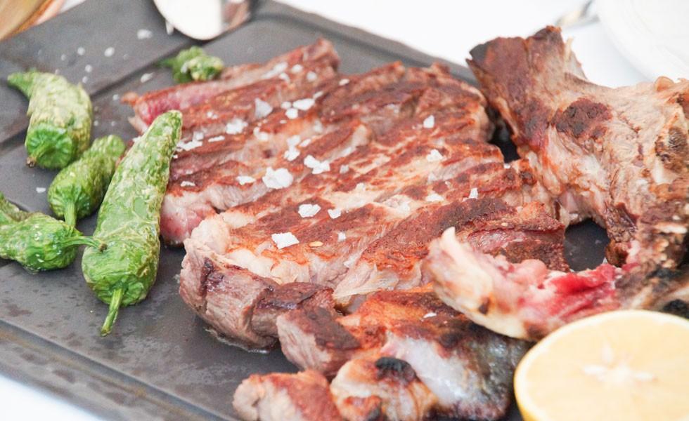 DRY AGER Rezept: Dry Aged Porterhouse Steak vom Grill